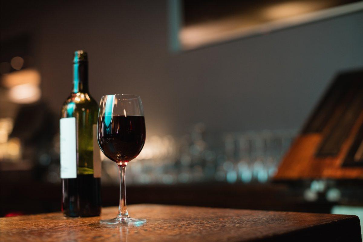 La mejor forma de conservar el vino en casa
